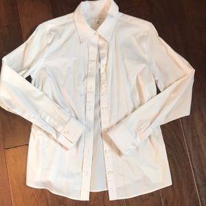 Banana Republic women's white button up shirt